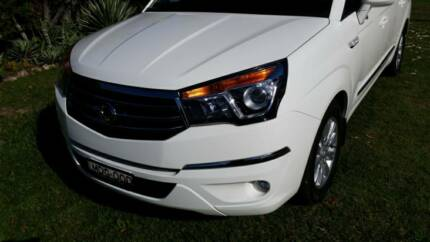 2014 ssangyong stavic,luxury 7 seater Laurieton Port Macquarie City Preview