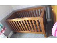 Solid baby cot from mamas and papas