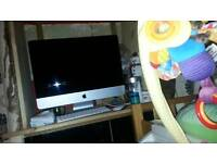 Apple I mac 500 gb 21.5 inch screen a
