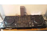 Pair of cdjs 1000 mrk3 and djm 600 for sale