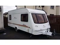 2004 Compass Connoisseur 5 birth with awning