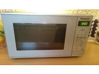 Microwave. Panasonic 800W silver microwave - Excellent condition