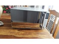 Silver MICROWAVE/OVEN/GRILL COMBO Good condition