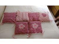 Baby cot bumper cushions