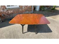 Retro 1950s extendable G Plan dining table (6 persons)