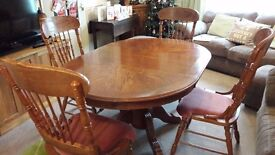 extending dining table & carver chairs, 4 seater reproduction oak veneer-DAMAGED SEE PICTURES