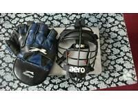 Mens wicketkeeper helmet and gloves
