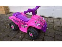 Girls Mini Quad with 6 V Battery - excellent condition