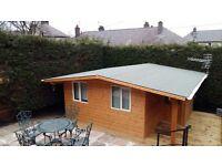 20 sq. meter ,ample decking allaround,newbuilt , log cabin at 142, great Nrthrn Rd , avlble on rent