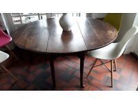 Table: Antique, Oval, Gate-Leg, Drop-Leaf Wooden Table