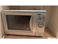 Silver Microwave (700W)