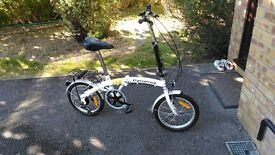 Folding Bike Cycle In very good condition used for 3 days only!