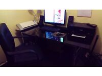 Office desk in Black glass with chair