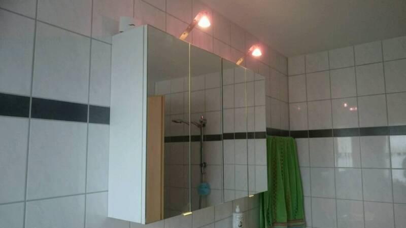 gro er spiegel bad schrank mit licht 4 t rig 98x70 cm in bayern germaringen badezimmer. Black Bedroom Furniture Sets. Home Design Ideas