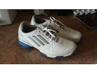 Golf shoes. Size 9.