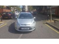 FORD FIESTA 1.4 ZETEC PETROL 5 DOOR HATCHBACK IN MINT CONDITION BOTH INSIDE AND OUTSIDE