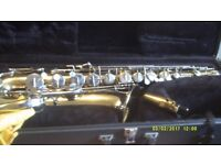 TENOR SAX by the SELMER / BUNDY Co , U.S.A. made in ELKHART INDIANA , in MINT COND :