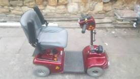 Mobility scooter shopride delux 4 wheeler good condition