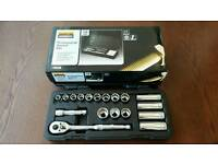 Halfords 18 Piece Socket