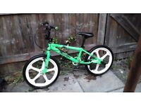 BOYS 20 INCH WHEEL BMX BIKE /£40 POUND NO OFFERS / DELIVERY AVAILABLE