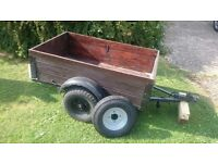 Trailer: solid wood in good condition