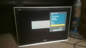 Panasonic flat screen tv 28inch