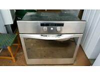 60cm wide single integrated oven.Delivery Offered