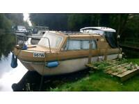 Dawncraft 19ft cabin cruiser boat 15hp Honda outboard