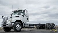 2005 International 4400 SBA DAY CAB