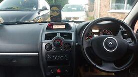 Megane Maxim 3 Door Hatchback Petrol 1.6L 2006