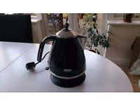 DeLonghi Icona Black Kettle ...very stylish