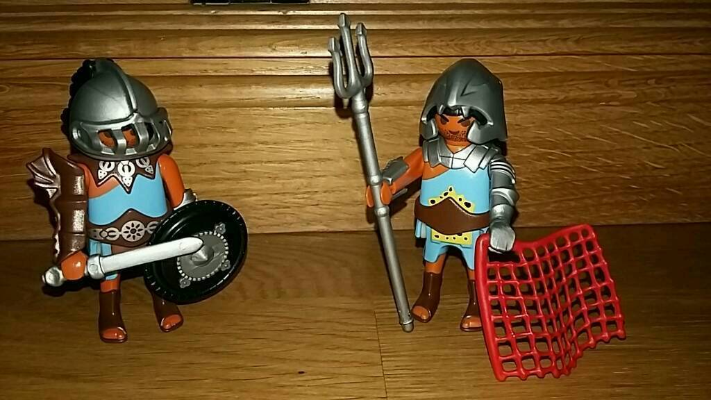 Playmobil roman gladiators pairin Wimbledon, LondonGumtree - Very good condition. Never in contact with pets or smokers.Pick up or postage