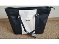 Un-used Nova Harley Luxury Changing Bag