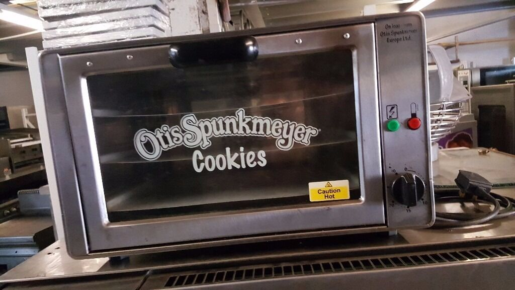 OTIS SPUNKMEYER CONFECTIONARY OVEN, COOKIES PIZZA EASY TO USE OVEN