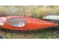 Kayak canoes