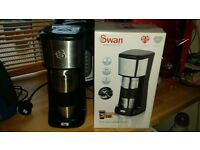 Coffee Maker - Swan to go One Cup with Travel Mug