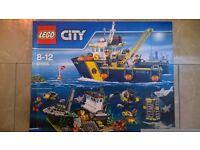 BNIB Lego city 60095 full set, large set, Deep Sea Explorer Vessel, black friday