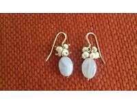 Silver genuine agate and pearl earrings. Excellent condition.