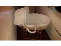 WHITE disney classic collection WINNIE THE POOH moses basket & rocking stand