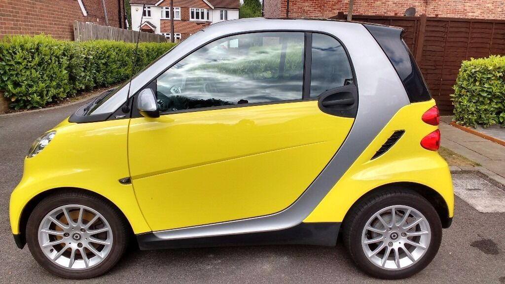 Yellow Silver Smart Fortwo Low Mileage Reduced For Quick