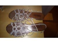 Size 7 silver flats