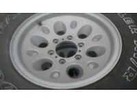 refurbed jap 6 stud alloy wheels with excellent 255 75 r 15 tyres