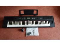 YAMAHA PIAGGERO NP-V80 LIGHTWEIGHT DIGITAL PIANO/SYNTH PORTABLE 76-KEY KEYBOARD FOR SALE.