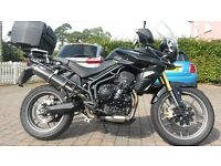 Beautiful Triumph Tiger 800 ABS, with extras