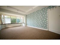 Large double room to rent in Enfield/ Waltham Cross/ Brimsdown. INC ALL BILLS!! Parking, Garden, En3