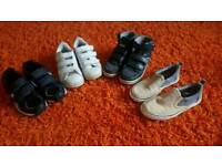4 pairs of boys trainers