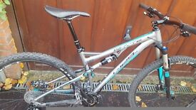 Whyte T-130s full suspension mountain bike for sale, great bike in good condition.