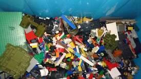 Huge box of assorted lego
