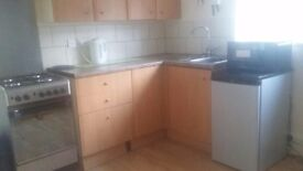 Studio Flat to let Stratford Upon Avon would suit single professional.
