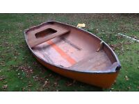 dingy 12ft Great tidy up project Little used.